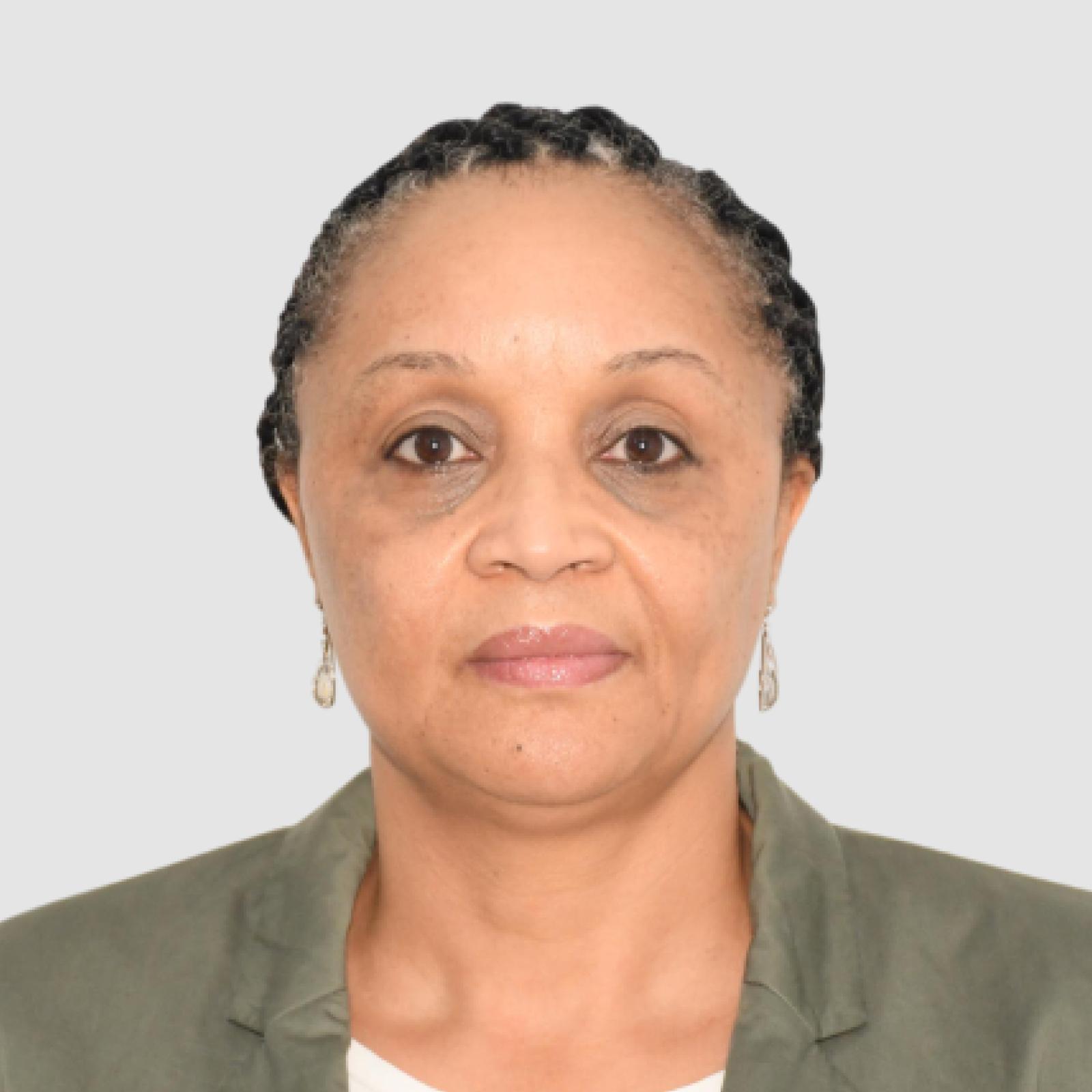 https://devafrique.com/wp-content/uploads/2021/07/Micheline-Bambi-Consultant-Central-Africa-DR-Congo-Cote-dIvoire-2.jpg